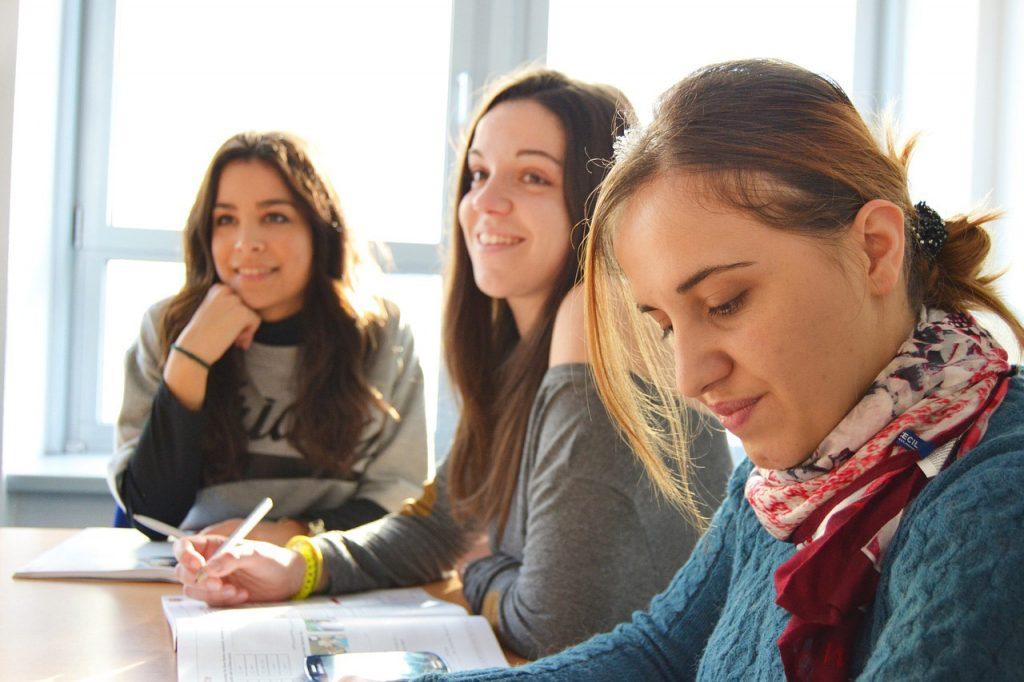 uczennice w szkole